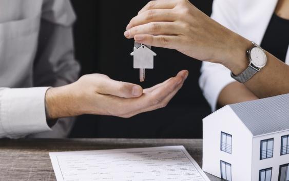 Regolarità edilizia le insidie nelle compravendite immobiliari